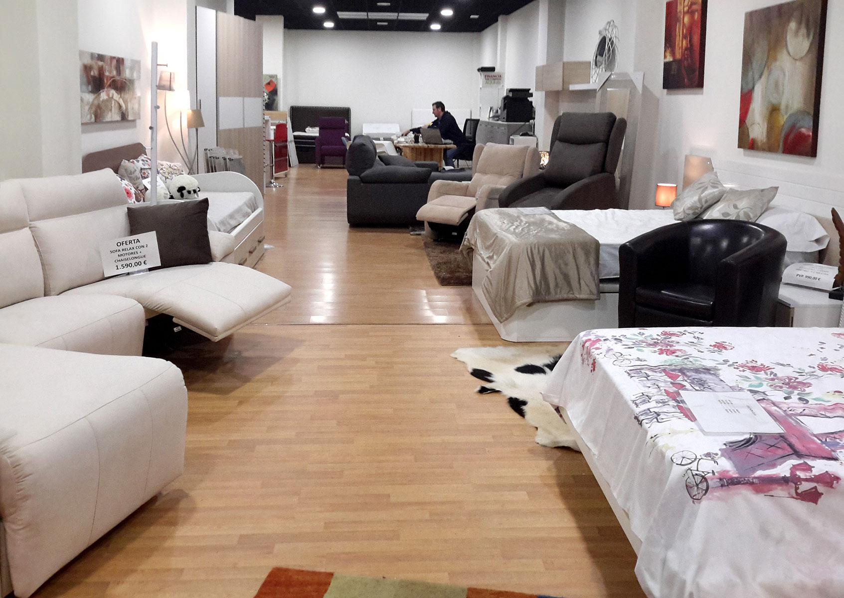 Tiendas muebles logroo gallery of prevnext with tiendas for Muebles rey bilbao